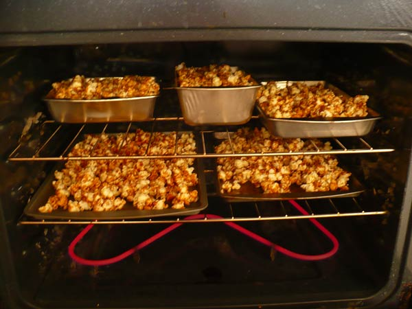 Caramel Popcorn Baking in the Oven